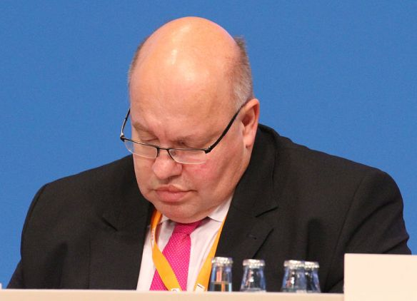 Peter_Altmaier_CDU_Parteitag_2014_by_Olaf_Kosinsky-1